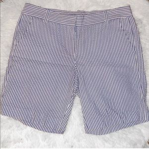 J. Crew SeerSucker 7in Bermuda Shorts - 6